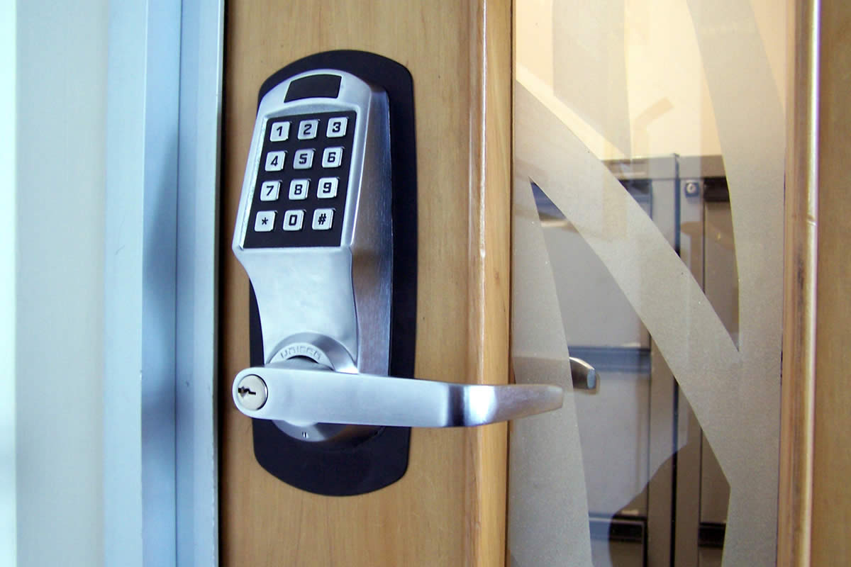 Top 5 benefits of using a Keypad lock