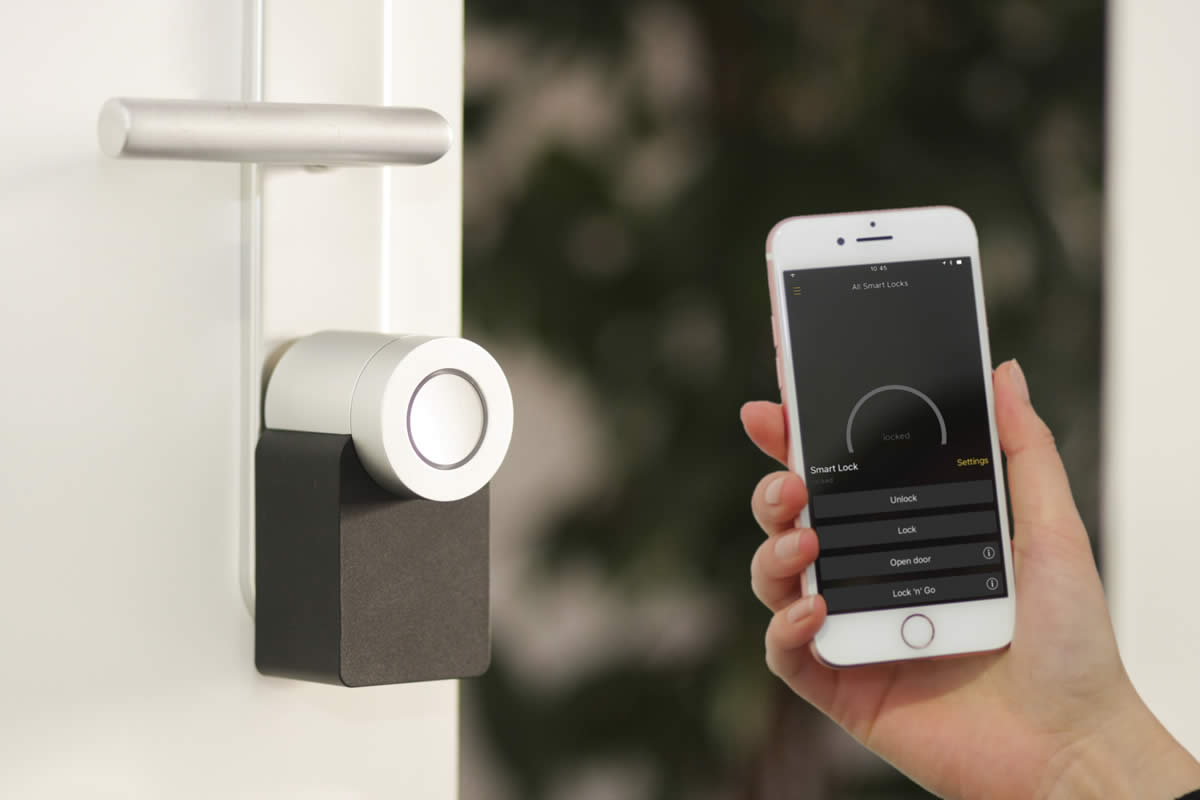 Why Locksmiths in Orlando are Recommending Smart Locks