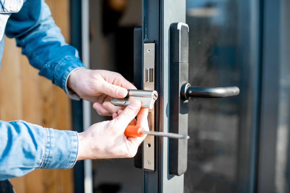 Three Tips on How to Find a Quality Locksmith