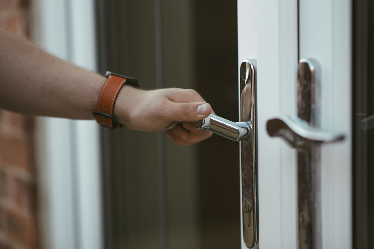 Four Tips for Changing Your Locks When You Move into a New Home